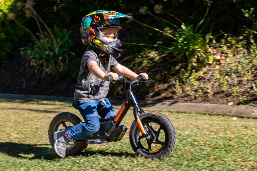 Ways to buy a bike for a growing kid